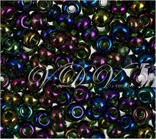 Beads 10/0 № 51290 / 762 (transparent versicolor)
